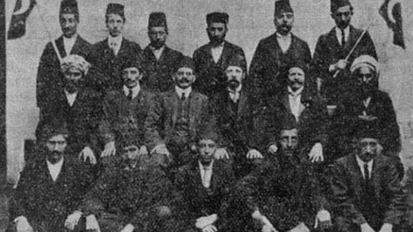 Кто построил первую мечеть в Великобритании?