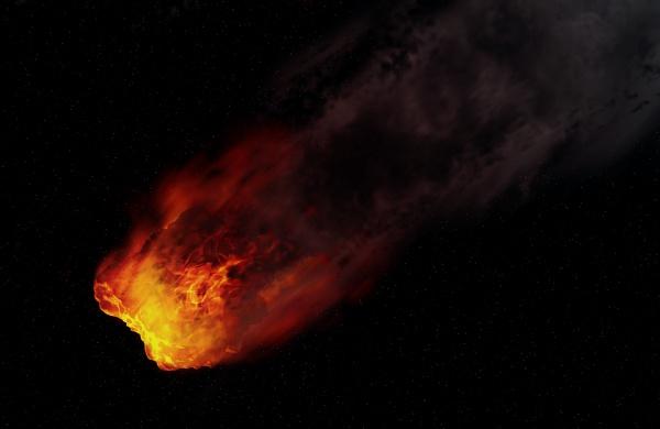 По словам специалистов, первоначально метеорит был размером почти со стиральную машину