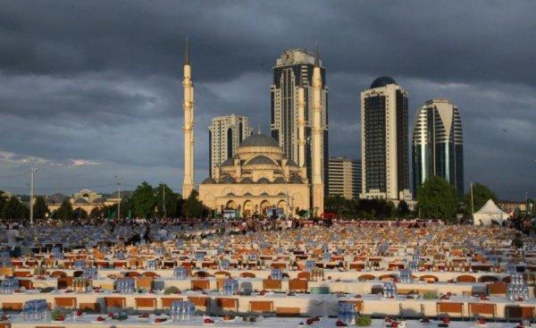 Народный ифтар пройдет в Грозном.
