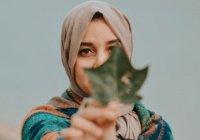 Женское имя, которое в переводе означает «лунный цветок»
