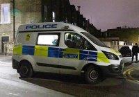 В Великобритании автомобиль наехал на мусульман, вышедших из мечети