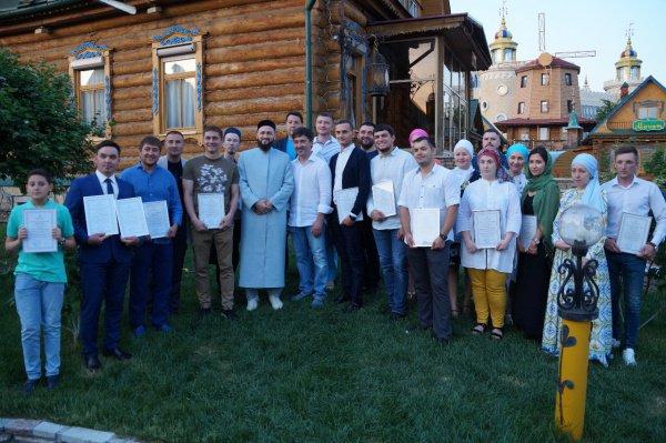 Специальное мероприятие, организованное Ассоциацией предпринимателей-мусульман России, собрались порядка 20 представителей малого и среднего бизнеса
