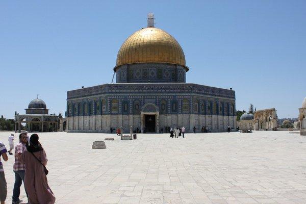 Согласно данным Управления исламских фондов Иерусалима, в мечети Аль-Акса помолились 260 тыс. мусульман