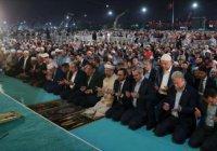 313 тыс. мусульман приняли участие в таравих-намазе в Стамбуле