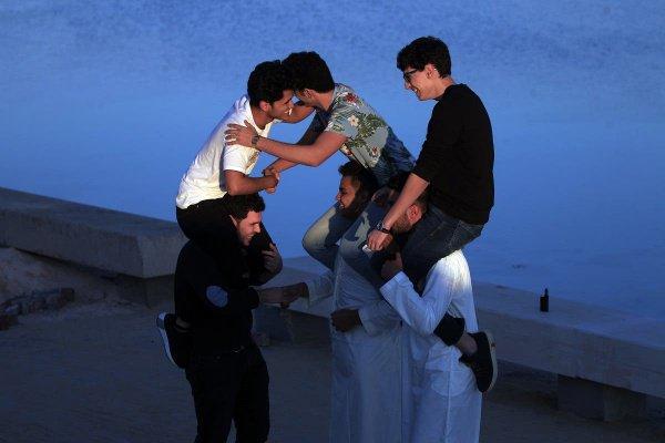 В ожидании праздника, Ливия