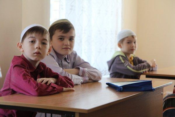 Курсы для детей стартуют в мечетях.
