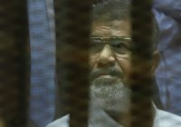 Экс-президент Египта Мухаммед Мурси скончался в суде