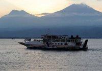 17 человек погибли при кораблекрушении в Индонезии