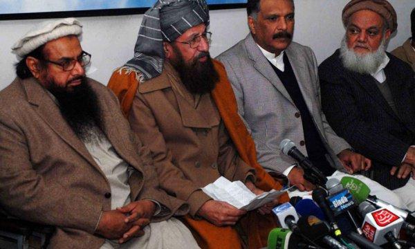 Талибы продолжают требовать полного вывода войск США из Афганистана.