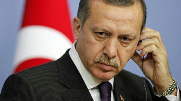 Эрдоган выразил соболезнования в связи со смертью Мурси.