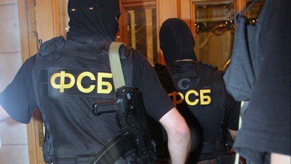 В российских регионах продолжаются следственные мероприятия.