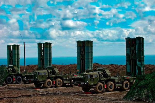 Иран рассматривает возможность закупки российских ЗРК С-400