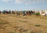 В Астраханской области осквернили мусульманское кладбище