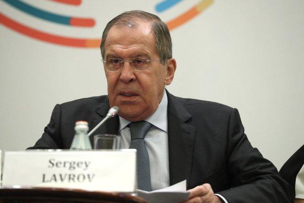 Глава МИД РФ выступил на российско-африканской экономической конференции.