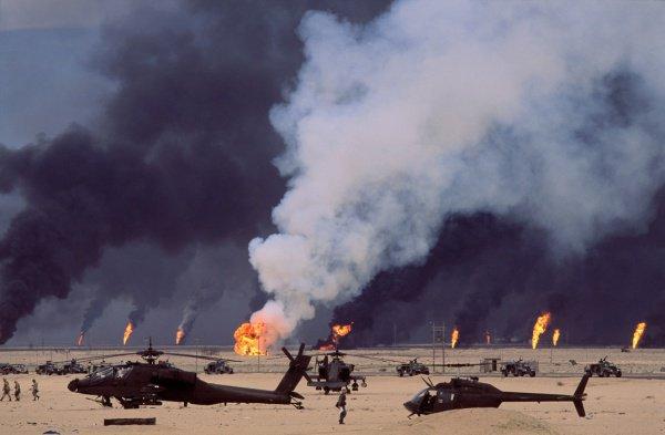 В Персидском заливе сохраняется напряженная обстановка.