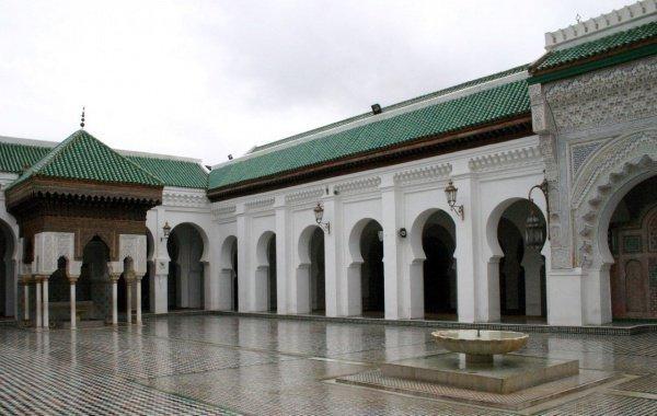 Мусульманка, которая основала первый международный университет более 1000 лет назад