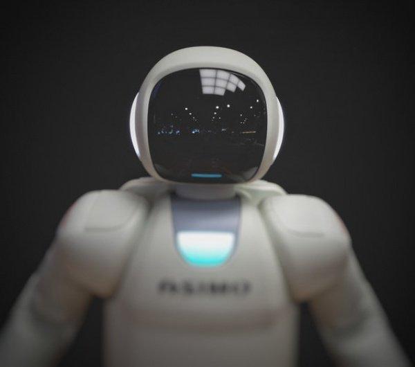 Робот оборудован автоматической кистью, которая функционирует на высокоточных насосах