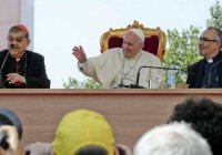 Папа Римский потребовал от католических ученых познаний в исламе