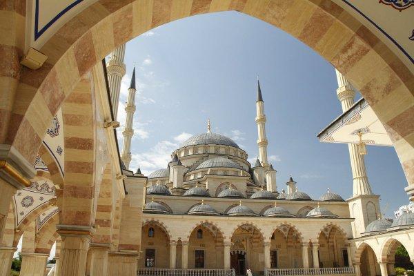 Мечеть «Сердце Чечни» (Фото: социальная сеть о фотографии photokto)