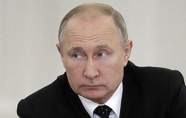 Владимир Путин дал интервью британскому изданию.