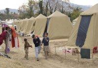 Далай-лама призывает дать детям беженцев возможность получать образование