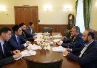 Муфтий РТ принял делегацию Всемирного совета мусульманских общин