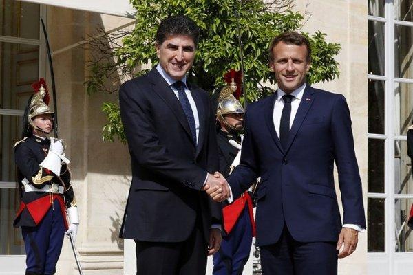 Макрон и Барзани на встрече в Париже 10 июля.