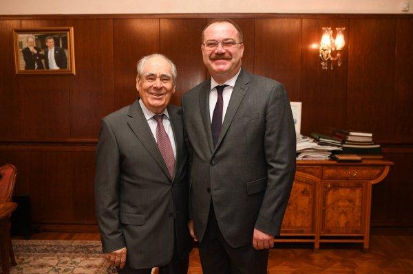 Шаймиев и Доган на встрече в Казанском Кремле.