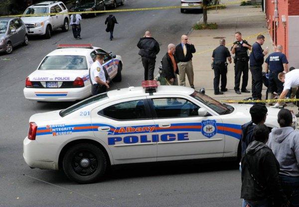 Полиция Албании задержала россиянина, подозреваемого в терроризме.