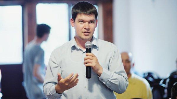 Алексей Старостин