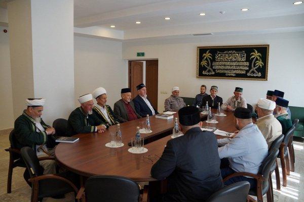 Заседание Совета аксакалов состоялось в ДУМ РТ.