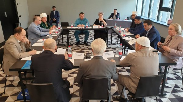 Эксперты провели дискуссию о сложившейся практике традиционных (шариатских) судов в РФ.