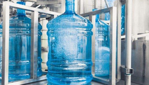 Жители Дамаска начали получать питьевую воду.