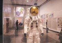США оставят астронавтов на Луне