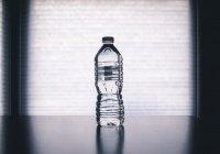 Около 30% питьевой воды, продаваемой в России,— подделка