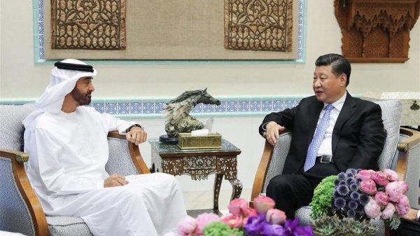 Наследный принц Абу-Даби и Си Цзиньпин обсудили сотрудничество ОАЭ и Китая