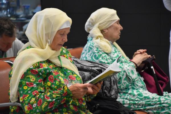 Как в Казани провожали паломников в Хадж (ФОТОРЕПОРТАЖ)