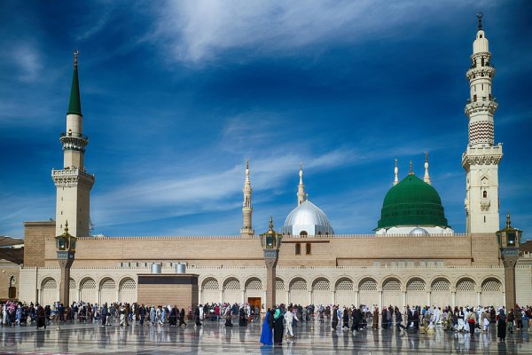 Мечеть Пророка.