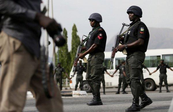 """Нигерийские власти запретили деятельность """"Исламского движения Нигерии""""."""
