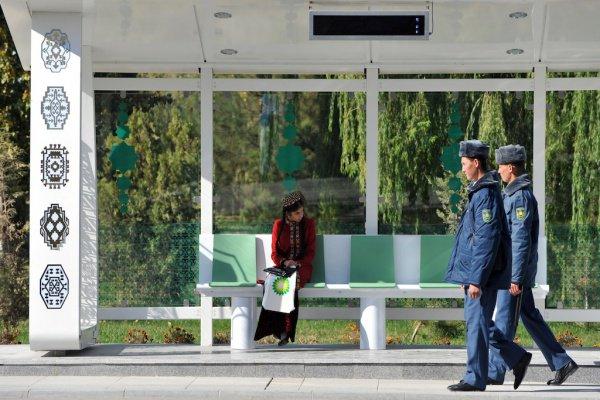 В Туркменистане задержали распространителей слухов о смерти Бердымухамедова.