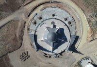 В Турции готовится к открытию мечеть в форме полумесяца
