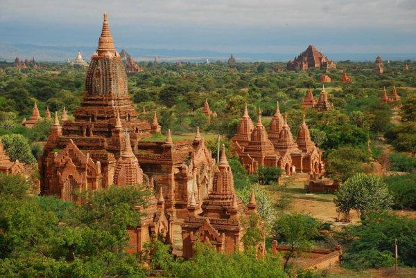 Россиянам станет проще получить визу в Мьянму.