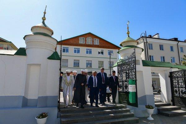 В эти дни Игорь Бабушкин и Бату Хасиков находятся в республике с рабочим визитом (Фото: Пресс-служба президента Татарстана)