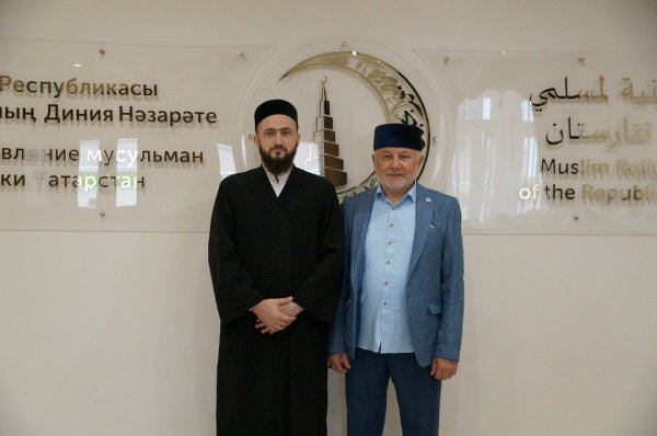 Гостя встретил муфтий РТ Камиль хазрат Самигуллин