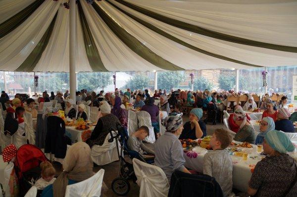 В событии, посвященном прошедшему празднику Курбан-байрам, приняли участие в общей сложности 250 человек