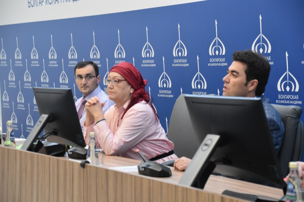 Исполнительный директор Фонда стратегического диалога и партнёрства с исламским миром Эльмира Садыкова.