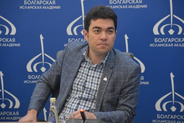 Ректор Болгарской исламской академии Данияр Абдрахманов.