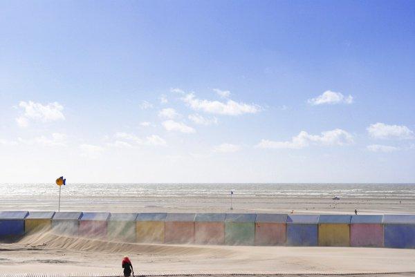 Группа нелегальных мигрантов пыталась попасть из Франции в Великобританию, преодолев пролив на резиновых лодках
