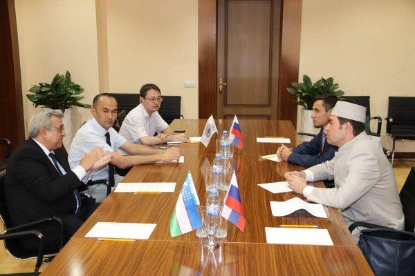 Делегация БИА находится с визитом в Узбекистане.