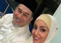 «Мисс Москва» впервые прокомментировала развод с королем Малайзии